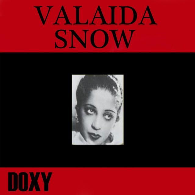 SNOW VALAIDA
