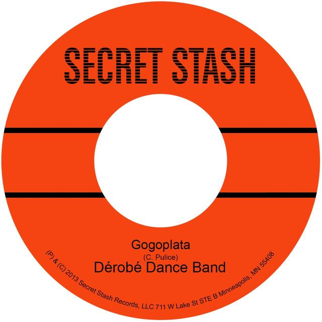 Derobe Dance Band