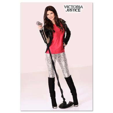Victoria Justice Mic Stand Photo