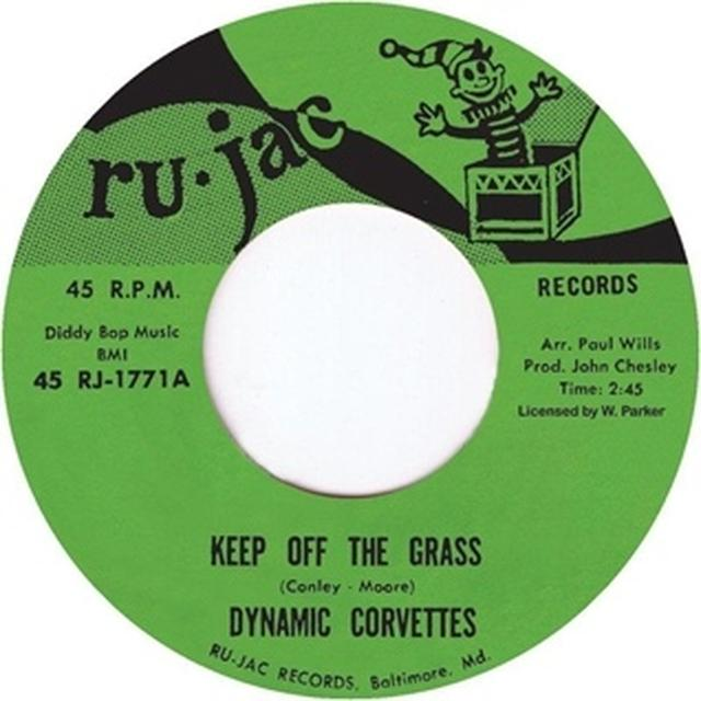 Dynamic Corvettes KEEP OFF THE GRASS/IT'S A TRAP Vinyl Record - UK Import