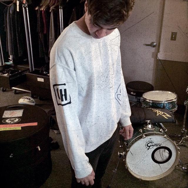 5SOS: Calum's Sweater