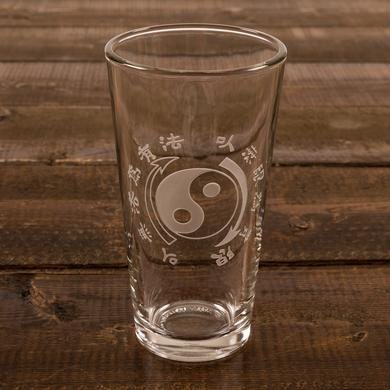 Bruce Lee Core Symbol Etched Pint Glass