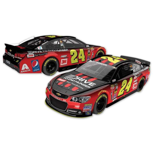 Hendrick Motorsports Jeff Gordon #24 2015 Martinsville Race Winner 1:24 Scale Diecast