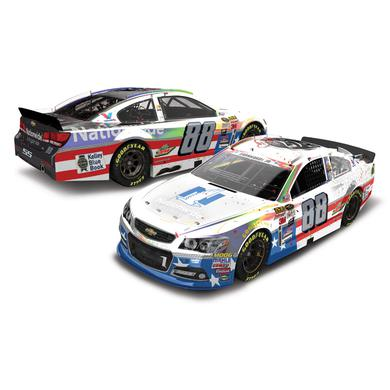 Hendrick Motorsports Dale Earnhardt, Jr. 2015 NASCAR Cup Series No. 88 25th Career Win Stars & Stripes 1:24 Die-Cast