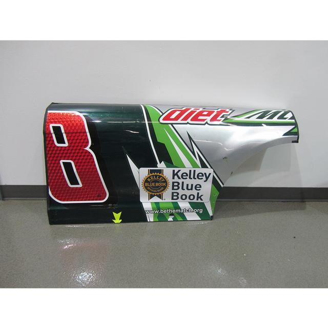 Hendrick Motorsports Dale Jr. #88 2015 Diet Mtn Dew Chevrolet Door/Qtr – Martinsville 3/29/15
