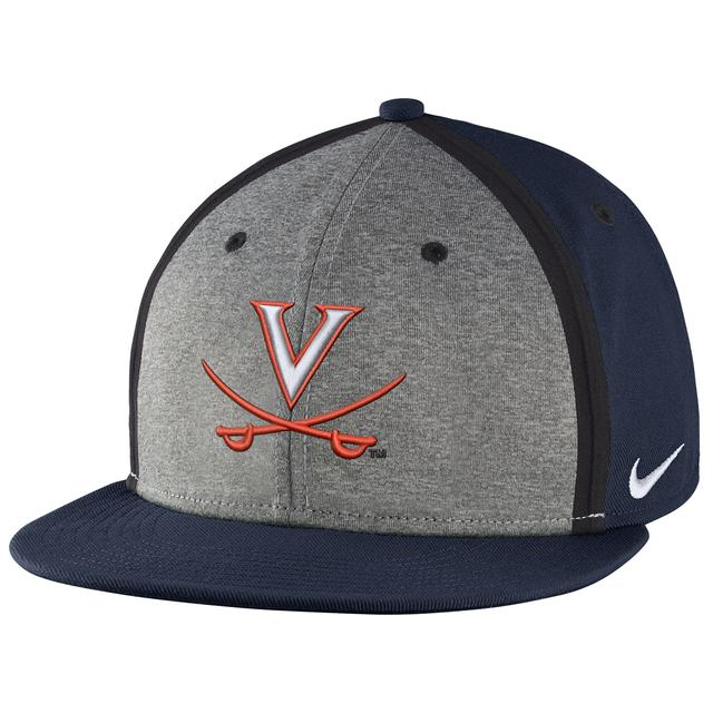 NIKE UVA Sideliene True Adjustable Hat