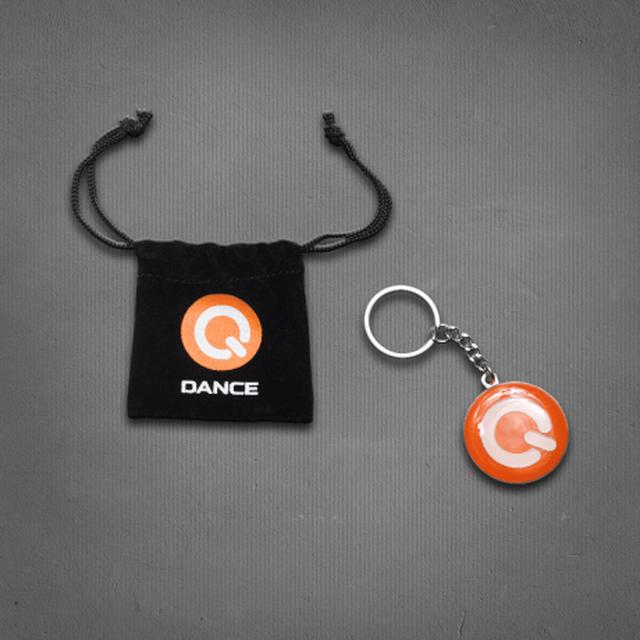Q-dance Key Chain