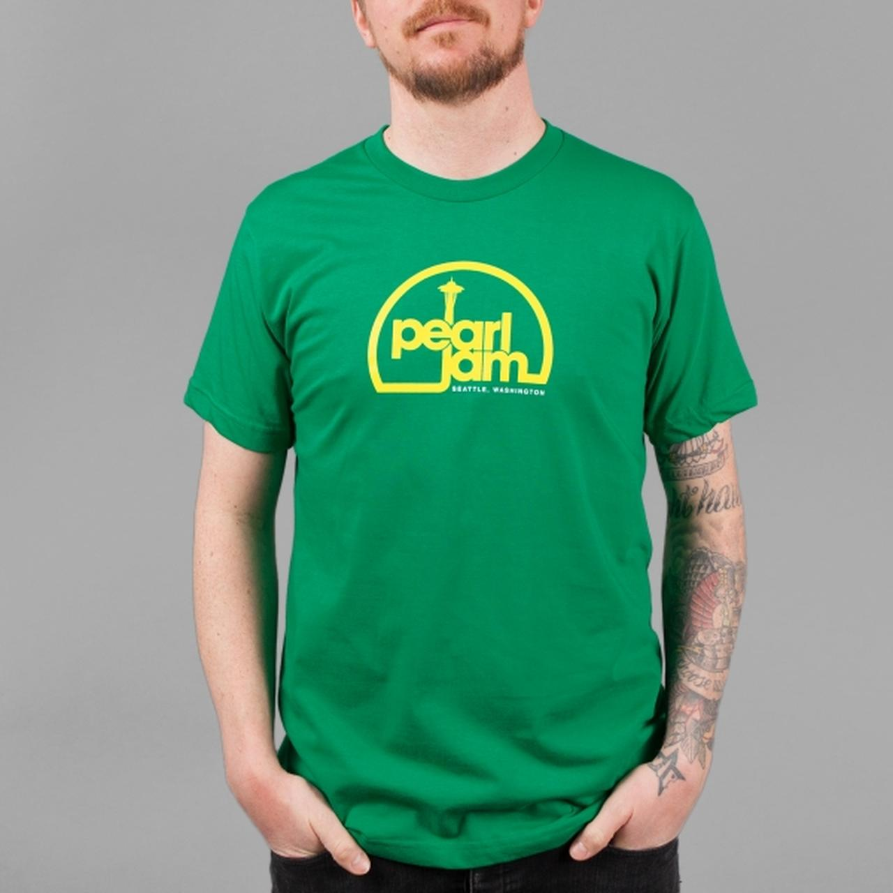 Pearl jam space needle t shirt for Seattle t shirt printing