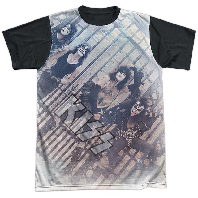 Kiss Tee | GATED COMMUNITY Shirt