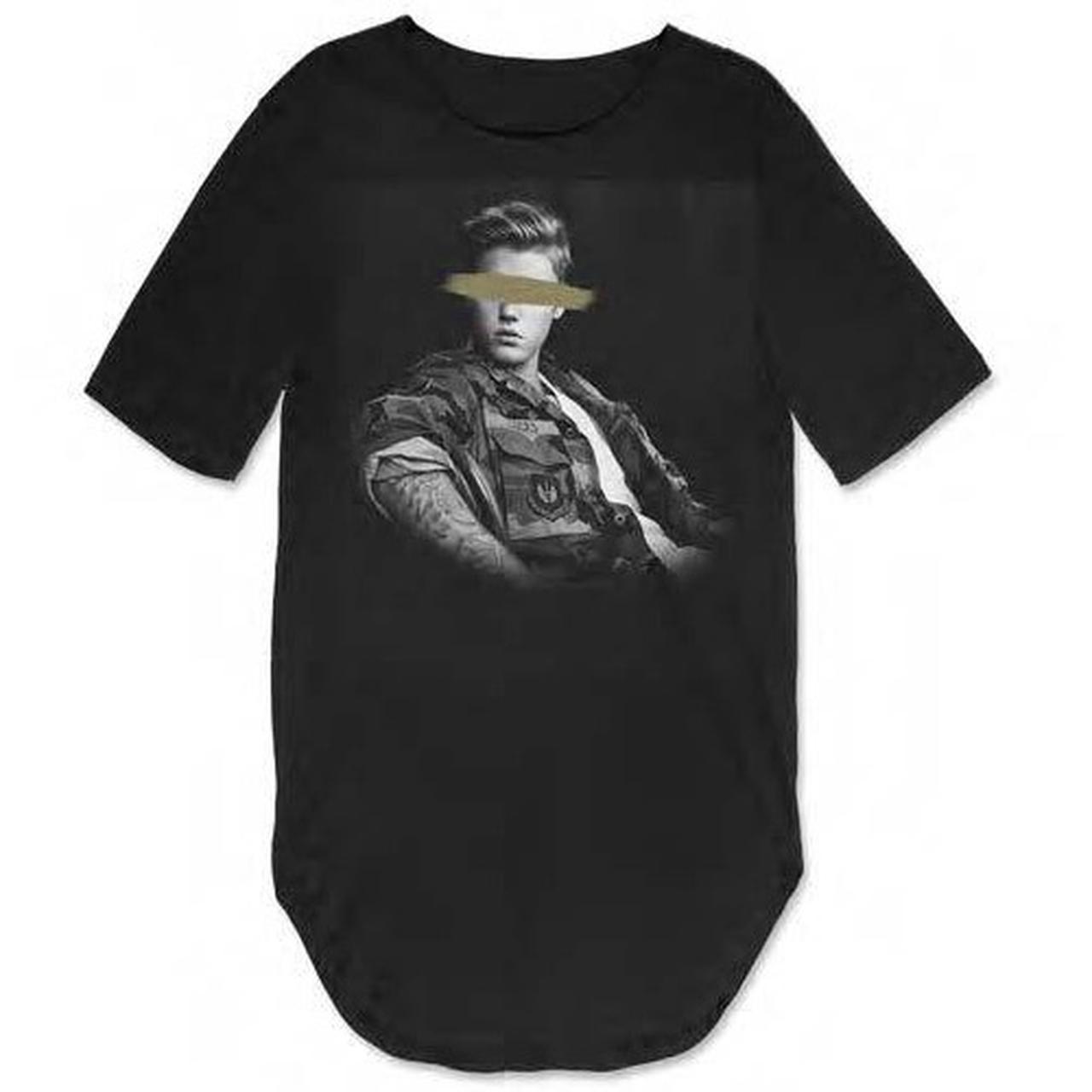 Justin bieber black rounded shirt blocked eyes for Justin bieber black and white shirt
